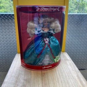 1995 Happy Holidays Special Edition Barbie Doll